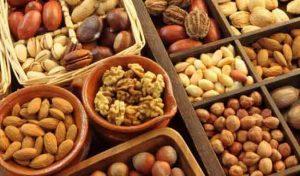 Ăn nhiều hạt và ngũ cốc khi bị kinh nguyệt không đều
