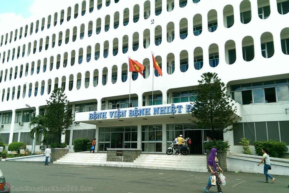 Khám viêm lộ tuyến tại Bệnh viện Nhiệt Đới TPHCM