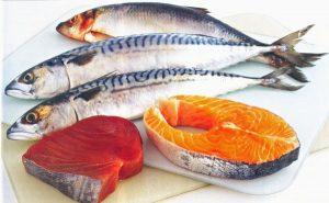 Mới mổ u xơ tử cung nên ăn cá biển