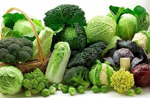 Mới mổ u xơ tử cung nên ăn rau xanh