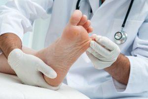 bệnh tổ đỉa liên quan đến tiền sử các bệnh ngoài da