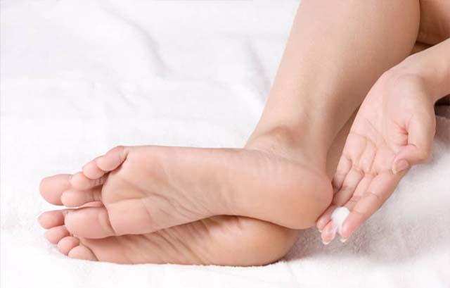 cách trị chàm ở chân