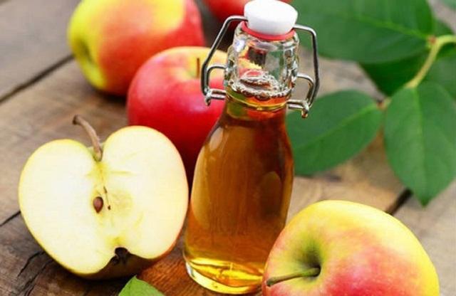 cách trị tàn nhang bằng giấm táo