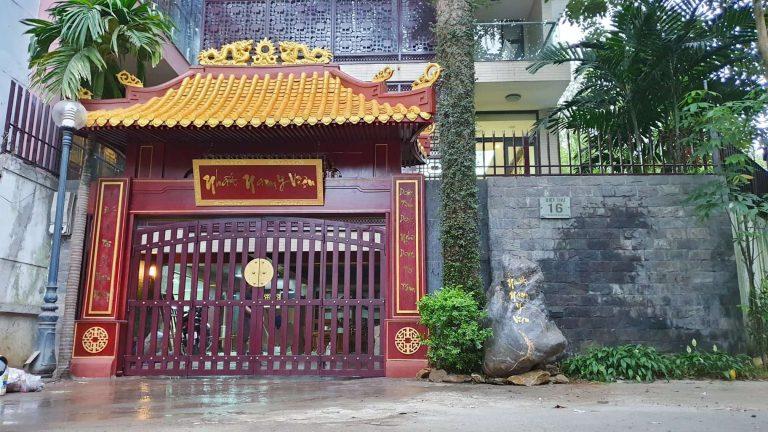 Nhất Nam Y Viện được coi là chốn Hoàng Cung thu nhỏ giữa lòng Hà Nội