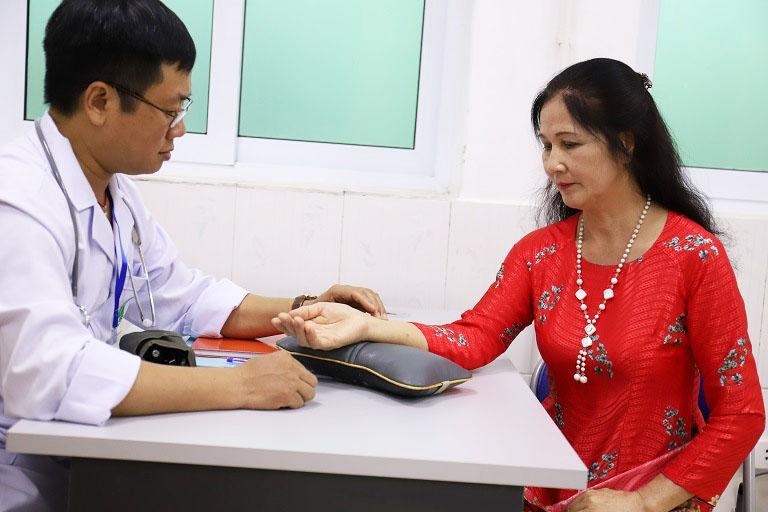 Thời gian, chi phí điều trị mề đay phụ thuốc vào cơ địa và tình trạng bệnh mỗi người