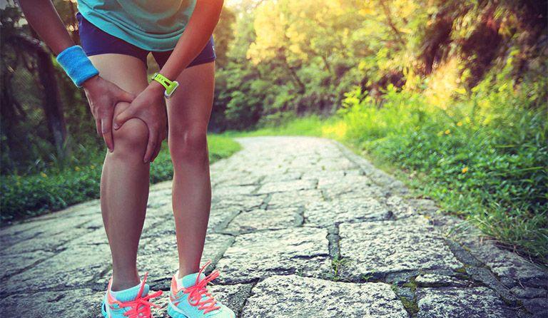 Người thoái hóa khớp gối nên có chế độ sinh hoạt hợp lý để bảo vệ khớp gối